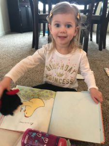 Bookroo finds the best books for your children delivered right to your door. Bookroo review. #books #booknerd #children