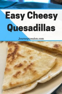 Easy cheesy quesadillas recipe perfect for dinner parties and an easy dinner night. Fast dinner recipe made in 20 minutes. Easy quesadilla recipe, crispy quesadillas. Delicious dinner idea made for picky eaters and kid friendly. #recipe #delicious #momlife