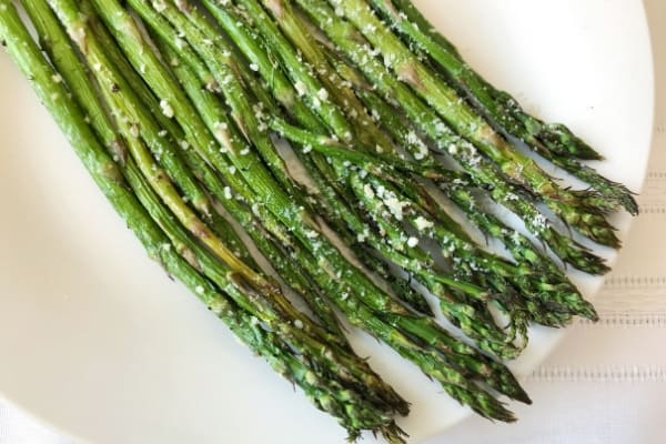 Delicious Garlic Parmesan Air Fried Asparagus Side Dish