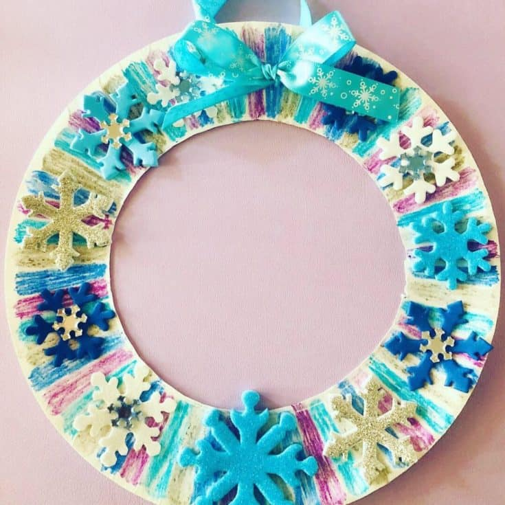 Winter Paper Plate Wreath