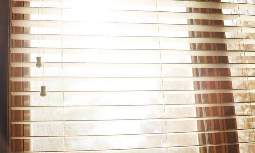 window-924985_1920